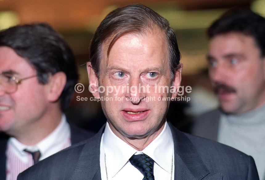 Baron Hermann von Richthofen, German ambassador to the UK, 19921075HVR1..© Victor Patterson, 54 Dorchester Park, Belfast, N Ireland. Tel: +44 2890661296; Mobile: +44 7802 353836; Emails: victorpatterson@me.com & victorpatterson@gmail.com; www.victorpatterson.com