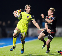 Tom Croft of Leicester Tigers goes on the attack. Anglo-Welsh Cup match, between Saracens and Leicester Tigers on February 5, 2017 at Allianz Park in London, England. Photo by: Patrick Khachfe / JMP