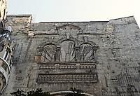 Jules Lavirotte: Square Rapp, Paris 1901. Wall detail.