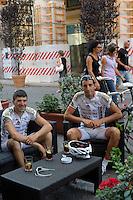 """Il bar """"Caffè Nero""""..Dopo il terremoto  del 2009 alcuni negozi e attività commerciali riaprono a L'Aquila..After the earthquake of 2009, some shops and businesses reopen in L'Aquila."""