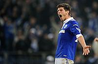 FUSSBALL   EUROPA LEAGUE   SAISON 2011/2012  SECHZEHNTELFINALE FC Schalke 04 - FC Viktoria Pilsen                          23.02.2012 Klaas Jan Huntelaar (FC Schalke 04) jubelt nach dem 3:1