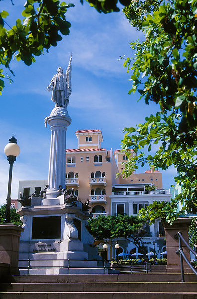 Old San Juan, Puerto Rico: Christopher Columbus monument in Plaza Colón.