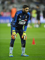 FUSSBALL INTERNATIONAL TESTSPIEL in Muenchen in der Allianz Arena Deutschland - Italien    29.03.2016  Torwart Salvatore Sirigu (Italien)