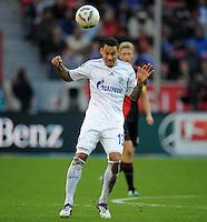 FUSSBALL   1. BUNDESLIGA   SAISON 2011/2012    10. SPIELTAG Bayer 04 Leverkusen - FC Schalke 04                        23.10.2011 Jermaine JONES (FC Schalke 04) Einzelaktion am Ball