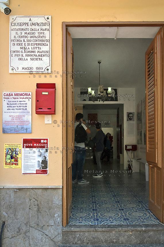 Casa della famiglia Impastato, adesso aperta al pubblico.<br /> Impastato family house open to visitors