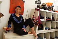 Artigiani a San Lorenzo , quartiere storico di Roma. Craftsmen in San Lorenzo, historic district of Rome. Babalushi. Sartoria di modelli originali..Babalushi. Tailoring of original models. ......