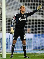 FUSSBALL   1. BUNDESLIGA   SAISON 2011/2012   22. SPIELTAG FC Schalke 04 - VfL Wolfsburg         19.02.2012 Timo Hildebrand (FC Schalke 04)