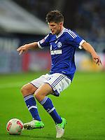 FUSSBALL   1. BUNDESLIGA   SAISON 2012/2013   5. SPIELTAG FC Schalke 04 - FSV Mainz 05                               25.09.2012        Klaas Jan Huntelaar (FC Schalke 04) Einzelaktion am Ball