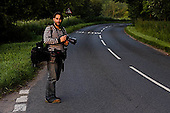 PHOTO SHOWS:  Photographer Jiri Rezac photographs the River Kennet in Wilts and Berks, UK, for the World Wildlife Fund, showing effects of good and poor management. 26 Jun 2008..ALL RIGHTS RESERVED. This photograph is Copyright material. Supply does not comprise any permission to publish, distribute nor reproduce  in any medium. Please contact me to negotiate an appropriate fee if usage rights are required. &copy;Tony Sleep 2008  +44 208 8403463 tonysleep@halftone.co.uk