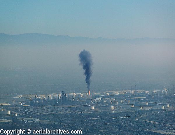 aerial photograph refinery air pollution Los Angeles, California