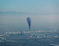 aerial photograph refinery air pollution Los Angeles, California