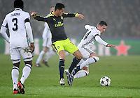 FUSSBALL CHAMPIONS LEAGUE SAISON 2016/2017 GRUPPENPHASE FC Basel - Arsenal London            06.12.2016 Granit Xhaka (Mitte, Arsenal) gegen Bruder Taulant Xhaka (re, FC Basel)