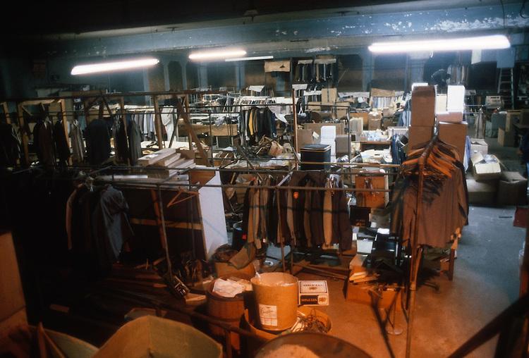 1986 February ..Rehabilitation.Attucks Theatre.Church Street..AUDIENCE.FRONT STAGE.INTERIOR...NEG#.NRHA#..