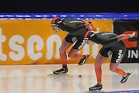 SCHAATSEN: HEERENVEEN: 20-12-2014, IJsstadion Thialf, Trainingswedstrijd schaatsen, 1000m Jorrit Bergsma (1:14.30)/Heather Richardson (1:17.22), (foto is bewerkt met photoshop),  ©foto Martin de Jong