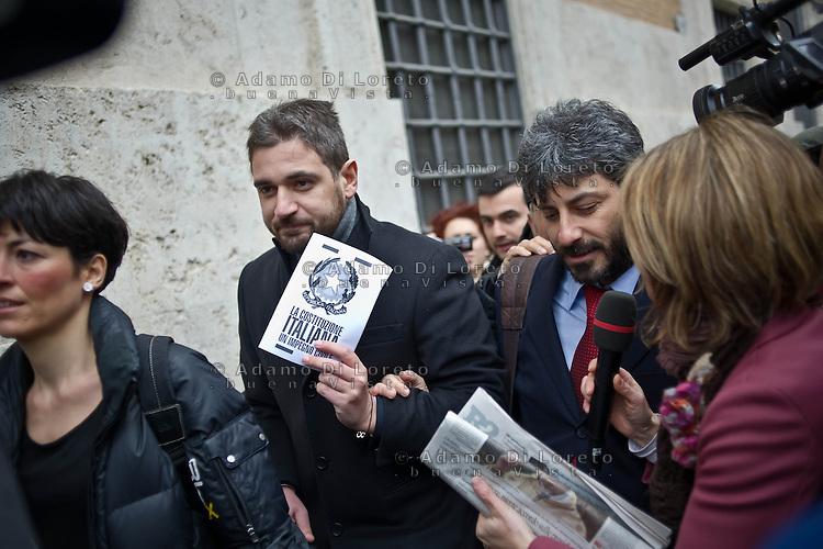 ROMA 15/03/2012: Inizia la XVII Legislatura della Repubblica Italiana. L'ingresso degli Onorevoli a Montecitorio. Nella foto Roberto Fico M5S FOTO DI LORETO ADAMO