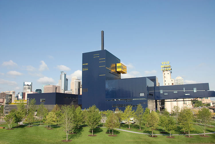 Minnesota, Twin Cities, Minneapolis-Saint Paul: Guthrie Theater, award-winning repertory theater..Photo mnqual241-75139..Photo copyright Lee Foster, www.fostertravel.com, 510-549-2202, lee@fostertravel.com.