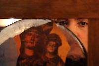 Katarzyna Gornik, Polish artist. Artista polacca.Galleria 291 est, nello storico quartiere di San Lorenzo, Roma..PAPERMOON, mostra d'arte. Sogni Illusioni Visioni. Tre artiste, tre mondi e tre stili, un linguaggio comune: il collage..Gallery 291 East, in the historical district of San Lorenzo, Rome..PAPERMOON, art exhibition. ILLUSIONS DREAMS VISIONS. Three artists, three worlds and three styles, a common language: the collage. .