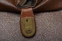 Willard Suitcases / Gordon K / ©2013 Jon Crispin