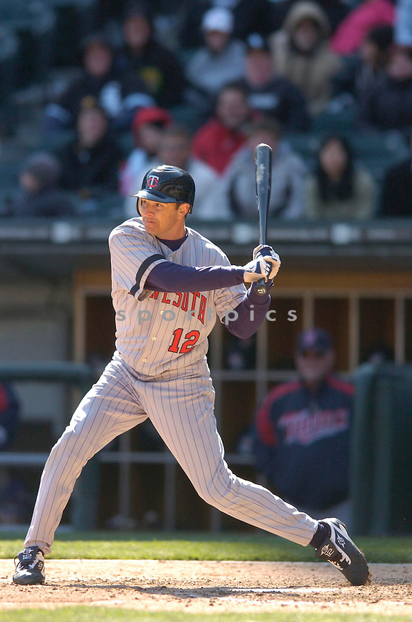 JASON TYNER, of the Minnesota Twins, in action against the Chicago White Sox on April 8, 2007 in Chicago, IL...Twins win 3-1..CHRIS BERNACCHI/ SPORTPICS..