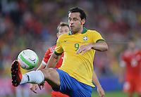 FUSSBALL  INTERNATIONAL  Testspiel Schweiz - Brasilien    14.08.2013 FRED (Brasilien) am Ball