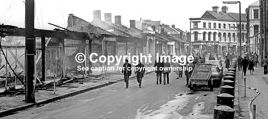 The devastation following the overnight blaze at Smithfield Market, Belfast, N Ireland, UK, May 1974. 197405000248f<br />