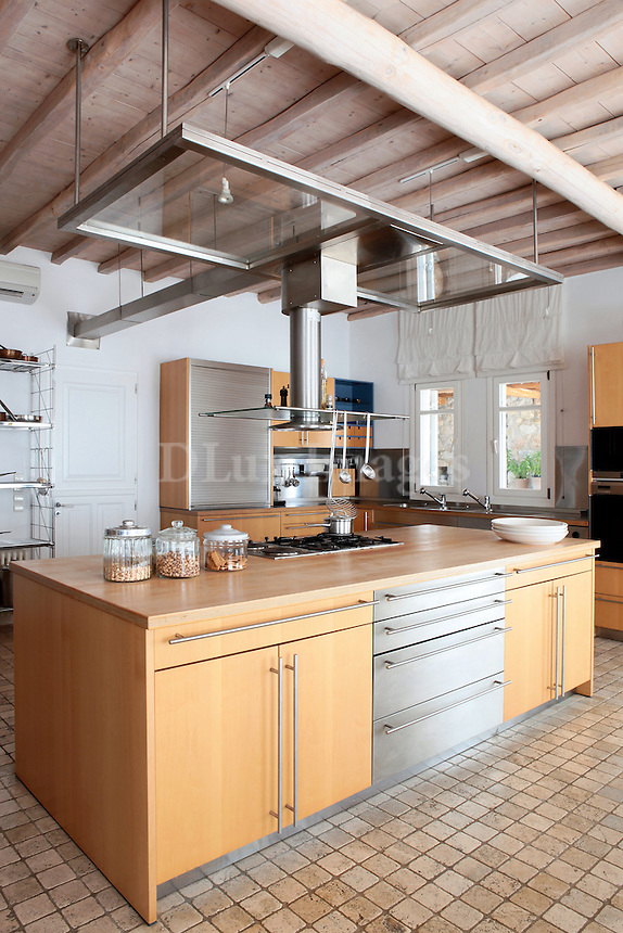 traditional wooden open plan kitchen