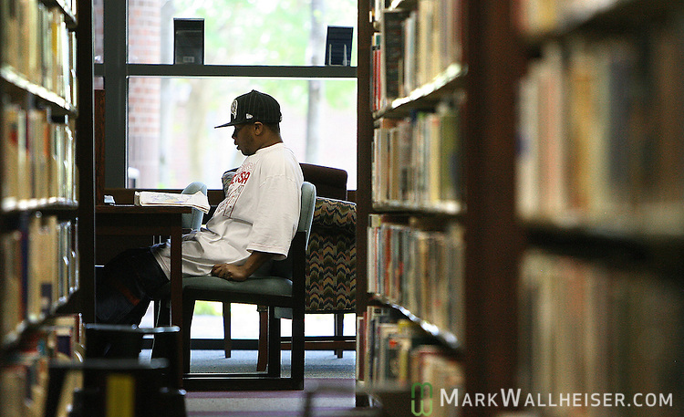 Nicholas Kirkland, a 22 year-old from Jacksonville, studies his American History in the library at TCC in Tallahassee, Florida May 9, 2007.  (Mark Wallheiser/TallahasseeStock.com)
