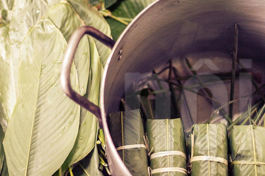 Banh Chung, the traditional Vietnamese rice cake | Vietnam Stock ...