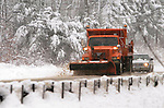 LITCHFIELD, CT -03 January 2005 -010306JS03---A Department of Transportation plow truck makes it's way on Route 202 in Litchfield following Tuesday's heavy snowfall.--  Jim Shannon Republican American --  DOT, Litchfield are CQ