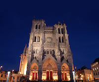 Western facade by night, Amiens Cathedral, 13th century, Amiens, Somme, Picardie, France