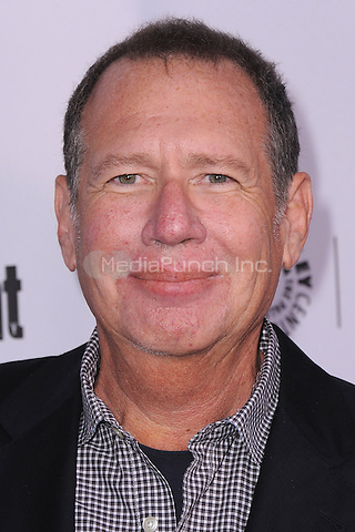 BEVERLY HILLS, CA - MARCH 10:  Garry Shandling arrives at the 2014 PaleyFest Icon Award to Judd Apatow at the Paley Center for the Media on March 10, 2014 in Beverly Hills, California. MPI213/MediaPunch