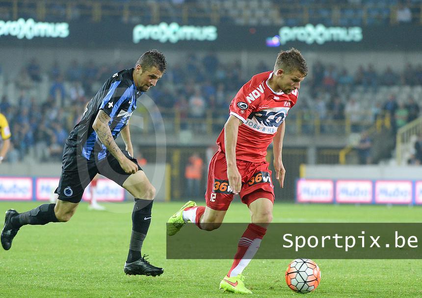 Club Brugge - KV Kortrijk : Lukas Van Eenoo (r) en Claudemir (links) <br /> Foto VDB / Bart Vandenbroucke