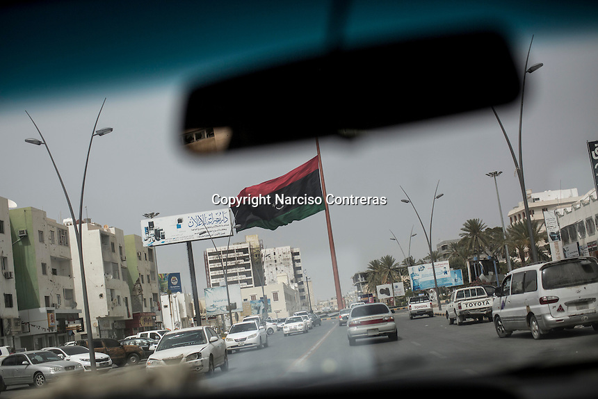 Thursday 19, May 2016: The Libyan national fliag is seen half mast in the centre of MIsrata City as a simbol of solidarity to the martyrs killed during the ongling fighting against IS (Islamic State) in Abu Grain, Libya.