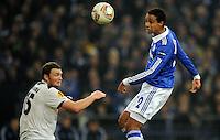 FUSSBALL   EUROPA LEAGUE   SAISON 2011/2012  SECHZEHNTELFINALE FC Schalke 04 - FC Viktoria Pilsen                          23.02.2012 Frantisek Sevinsky (li, Pilsen) gegen Joel Matip (re, FC Schalke 04)