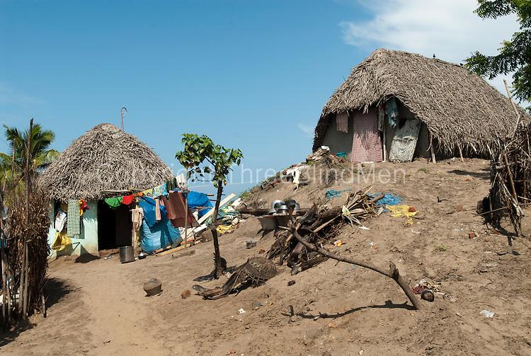 India houses on the beach at akkampettai karaikal for Beach houses on the east coast