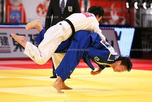 Chizuru Arai, Yoko Ono (JPN), DECEMBER 5, 2015 - Judo : IJF Grand Slam Tokyo 2015 International Judo Tournament Women's -70kg Final at Tokyo Metropolitan Gymnasium, Tokyo, Japan. (Photo by Sho Tamura/AFLO SPORT)