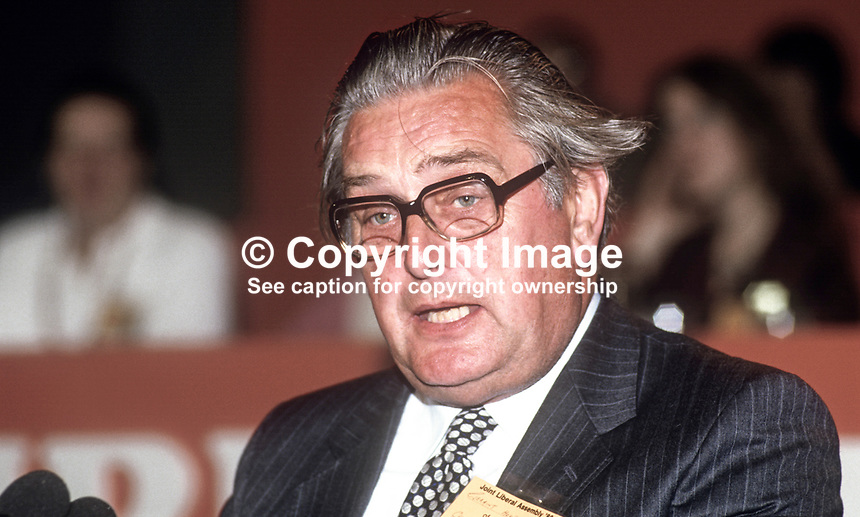 Geraint Wyn Howells, MP, Liberal Party, UK, speaking, annual conference, 19860916GH1<br />