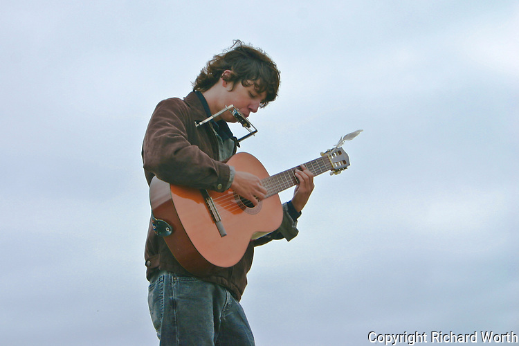 On Labor Day 2006 visitors to Pesadero State Beach were serenaded by modern day minstrel Hudson McCarty.