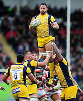 Carl Kirwan of Worcester Warriors wins the ball at a lineout. Aviva Premiership match, between Leicester Tigers and Worcester Warriors on October 8, 2016 at Welford Road in Leicester, England. Photo by: Patrick Khachfe / JMP