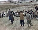 Iraq 1997 .Training of women peshmergas in a former camp of the Iraqi army on Safin mountain .Irak 1997.Entrainement des femmes peshmergas dans un ancien camp de l'armee irakienne sur la montagne Safin