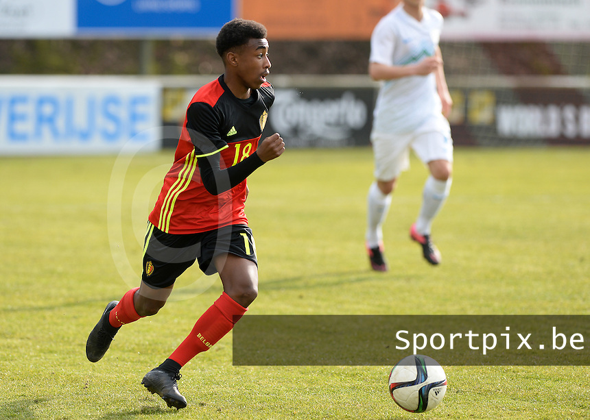 20160311 - Overijse , BELGIUM : Belgian Mike Tresor Ndayishimiye pictured during the soccer match between the under 17 teams of  Belgium and Slovenia , on the first matchday in group 8 of the UEFA Under17 Elite rounds at Begijnhofstadion in Overijse , Belgium. Friday 11th March 2016 . PHOTO DAVID CATRY