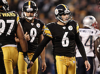 PITTSBURGH, PA - OCTOBER 30:  Shaun Suisham #6 of the Pittsburgh Steelers is congratulated by teammates after kicking a field goal against the New England Patriots during the game on October 30, 2011 at Heinz Field in Pittsburgh, Pennsylvania.  (Photo by Jared Wickerham/Getty Images)