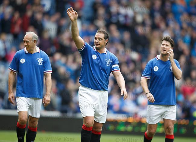 lorenzo Amoruso waving to the Rangers fans