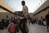 2015 Libya: Migrants