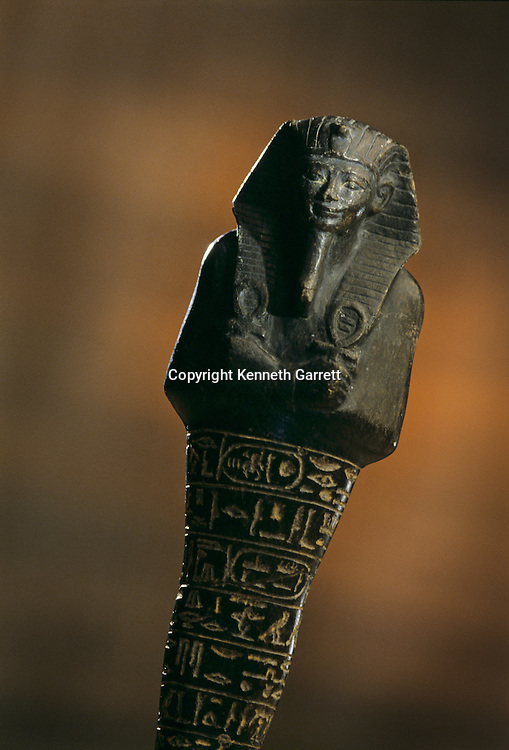Serpentinite Shabti of Amenhotep II; KV35,Tutankhamun and the Golden Age of the Pharaohs; page 151