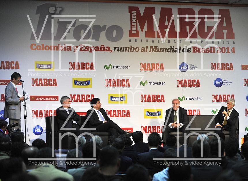 BOGOTA - COLOMBIA - 07 - 05 - 2013: Angel Maria Villar (Izq.), Presidente de la Federacion  Española de Futbol y Luis Bedoya (2Izq.), Presidente de la Federacion  Colombiana de Futbol, Vicente del Bosque  (2Der.), director tecnico de la Seleccion Española de Futbol y Jose Pekerman (Der.), Director Tecnico de la Selección  Colombiana de Futbol durante Foro en Bogota, mayo 7 de 2013.  El diario Marca Colombia, en su lanzamiento realizo el I FORO COLOMBIA Y ESPAÑA, RUMBO AL MUNDIAL BRASIL2014, (Foto. VizzorImage / Luis Ramirez / Staff). Angel Maria Villar (L), President of the Spanish Football Federation and Luis Bedoya (2L), President of Colombian Football Federation, Vicente del Bosque (L), head coach of the Spanish football and Jose Pekerman (R), head coach of the Colombian Soccer with t-shirts of the selections during Forum in Bogota, May 7, 2013. The newspaper Marca Colombia, at launch I performed the FORUM COLOMBIA AND SPAIN, WAY TO WORLD BRASIL 2014, (Photo. VizzorImage / Luis Ramirez / Staff). (Photo. VizzorImage / Luis Ramirez / Staff).