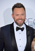 Joel McHale at the 2017 People's Choice Awards at The Microsoft Theatre, L.A. Live, Los Angeles, USA 18th January  2017<br /> Picture: Paul Smith/Featureflash/SilverHub 0208 004 5359 sales@silverhubmedia.com
