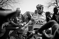 Dwars door Vlaanderen 2012.Roy Curvers waiting to start