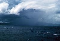 Honolulu: Oahu under clouds. Photo '82.