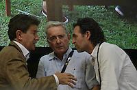 "TAMESIS, CO JULY 24: Colombian former president, opposition senator Alvaro Uribe (C) speaks with Antioquia Governor Luis Pérez Gutiérrez (L) during ""Encuentro de Dirigentes del Suroeste"" in Tamesis Antioquia on July 24, 2016.(Photo by VIEWpress/Guillermo Betancur)"